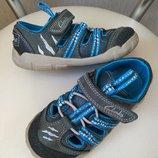Летние кожаные кроссовки Clarks 15,5см, р.7F