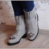 Ботиночки на шнурках Камни