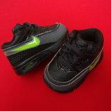 Кроссовки Nike Air Max оригинал 17-18 разм