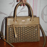 Шикарная бежевая сумка ystrdy