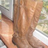 Рижі осінні чоботи