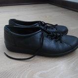 кросовки 24,4 см кожа черные как новые оригинал ECCO ЭККО
