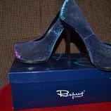 Туфли Лобутены-Хамелеоны тёмно- синие с отливом цвета бордо