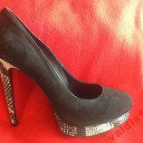 Женские замшевые туфли на 41