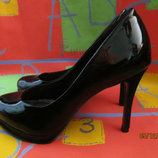 Туфли лаковые Carvela р.38