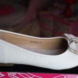 Сказочные туфли для девочки молочные,белые новые нарядные р. 33, 34, 35