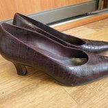 Отдам даром Naturalizer туфли кожа 9 размер