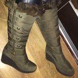 Стильные зимние сапожки цвета хаки Juicy Couture