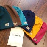 Трикотажные шапочки Chanel утепленные разные цвета Распродажа