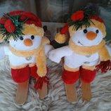 Снеговички на лыжах Новый год новогоднее мягкая игрушка декор интерьер украшение подарок