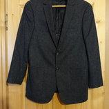 Мягкий серый фирменный шерстяной пиджак Biaggini Швейцария. 48 р