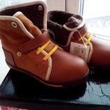 Новые детские кожаные зимние ботинки T. Taccardi. Натуральная кожа / замш. 29 размер.
