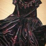 Красивенное велюровое платье M&Co 9-10л