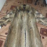 Продам шубу из волка,женская,размер 48-50