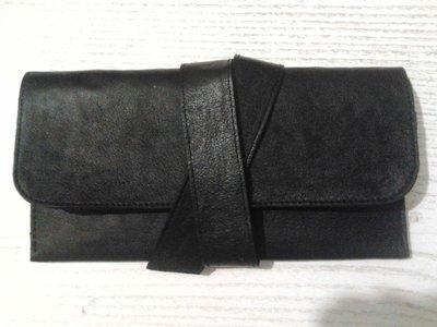 Кожаный кошелек, сшит полностью вручную.