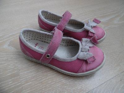 Туфли девочке 15,3 см стелька кожа 25 рр оригинал бренд Clarks Кларкс нарядные бант розовые