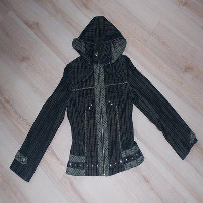 Куртка ветровка в клеточку