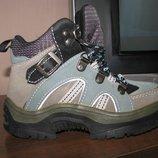 Водонепроницаемые термо ботинки р.28, стелька 19 см.