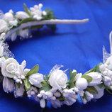 Обручи ободки венки в белом цвете