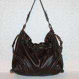 Большущая сумка от Hugo Boss оригинал.Натуральная телячья кожа