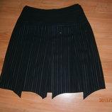 Очень красивая юбка, на 50-52 размер.