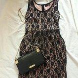 Платье кружевное ое размер 10- 12 с карманами