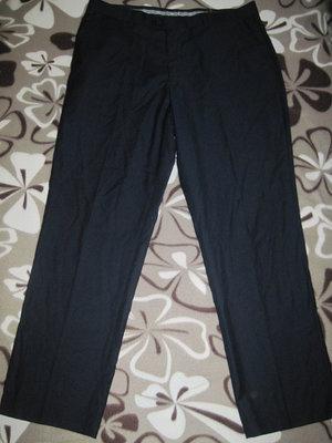 //мужские брюки классика Pierre Cardin 36S, новые, сток