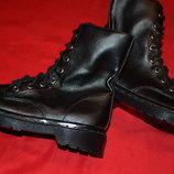 Демисезонные фирменные ботинки для девочки UNITED COLORS OF BENETTON