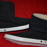 Фирменные ботиночки OF BENETTON зима девочка.