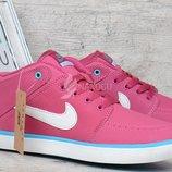 Кроссовки слипоны кожаные Nike Suketo розовые
