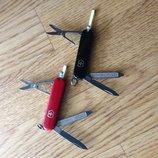 Нож Victorinox Classic оригинал