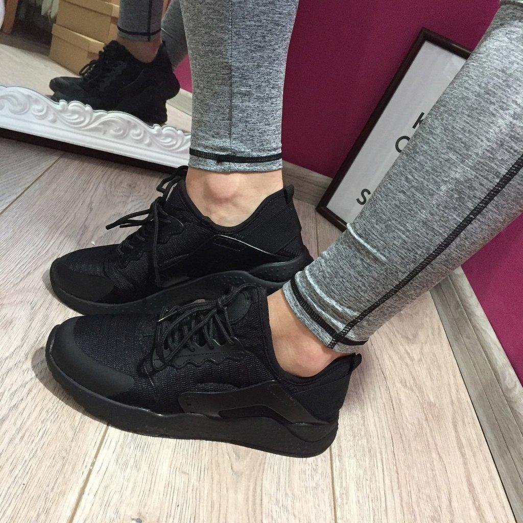 кроссовки найк женские чёрные фото