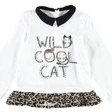 в наличии реглан для девочки LC Waikiki белого цвета с черным воротником и надписью Wild cool cat