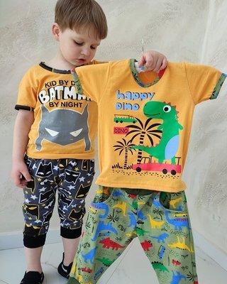 Комплект для мальчика футболка и бриджи Бетмен и Дино