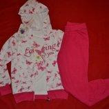 Шикарный весенний костюм троечка для девочки
