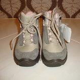 Распродажа Демисезонные ботинки для девочки Quechua, Румыния.