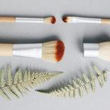 Чудесные кисти и наборы для макияжа