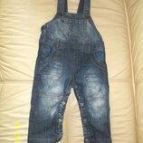 Стильный джинсовый комбинезон Zara на 9-12 мес. В идеальном состоянии.