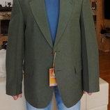Пиджак мужской тёмно оливковый с рыжими пуговицами. Besonder. Германия. 50 и 52 размер.