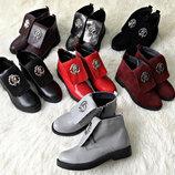 Удобнейшие ботиночки в цветах из натуральной кожи