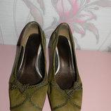 Замшевые туфли 37 размер