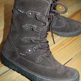 38 разм. Зима ботинки Tecnica waterproof. Замша