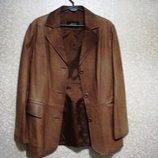 Кожанная Пиджак куртка р. S- 40-42 фирма JCC