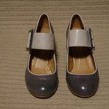 Элегантные комбинированные кожаные туфли в стиле Мери Джейн - Clarks 5