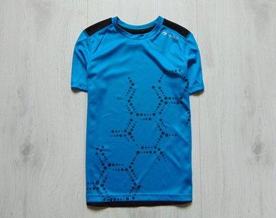 Яркая спортивная футболка для парня. SOC. Размер 9-10 лет. Состояние новой вещи