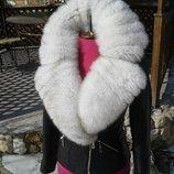 Куртка косуха из натуральной кожи и воротником из натурального меха песца в наличии размер С - М
