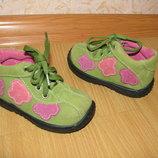 Bobbie Shoes ботинки замша 19 р по вст 12.5 см