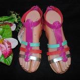 Яркие боссоножки 33р,ст 22 см.Мега выбор обуви и одежды