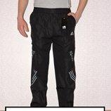 Подростковые спортивные штаны плащевка с подкладкой.