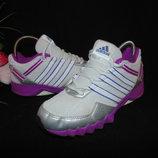 Кроссовки Adidas 35р,ст 22,5 см.Мега выбор обуви и одежды